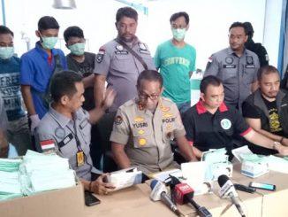 Polisi Ringkus Pelaku Penimbunan dan Produksi Masker Ilegal di Cakung