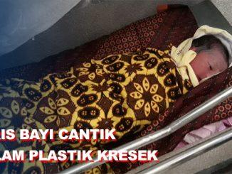 Tukang Becak Temukan Bayi Cantik Dalam Plastik Hitam