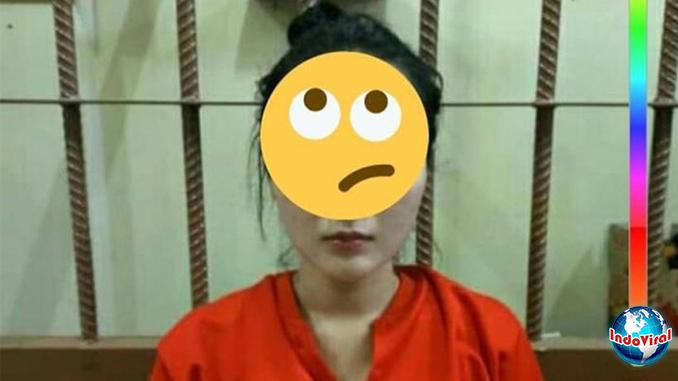Viral-Foto-Biduan-Dangdut-Berbaju-Tahanan,-Ternyata-Ayu-Vaganza